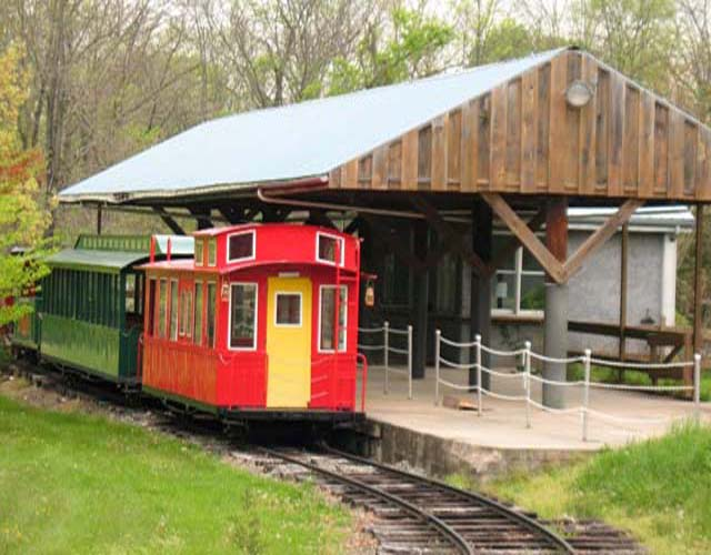 Massachusetts Doll Museum and Outdoor Train