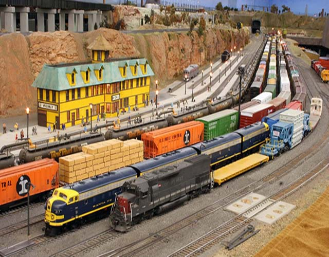Massachusetts Doll Museum with Model Trains