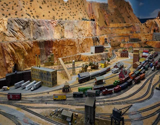 vintage-doll-museum-with-model-railroad